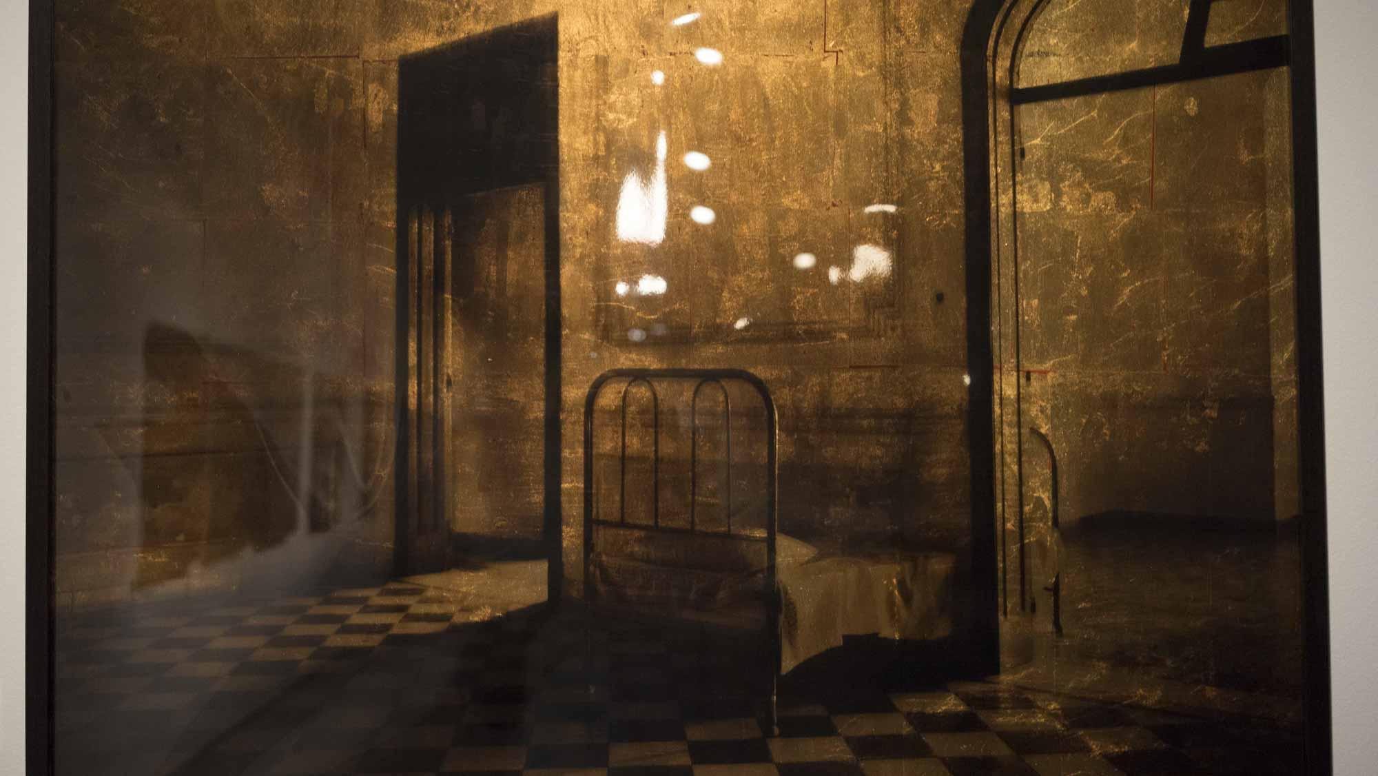Cama entre habitaciones