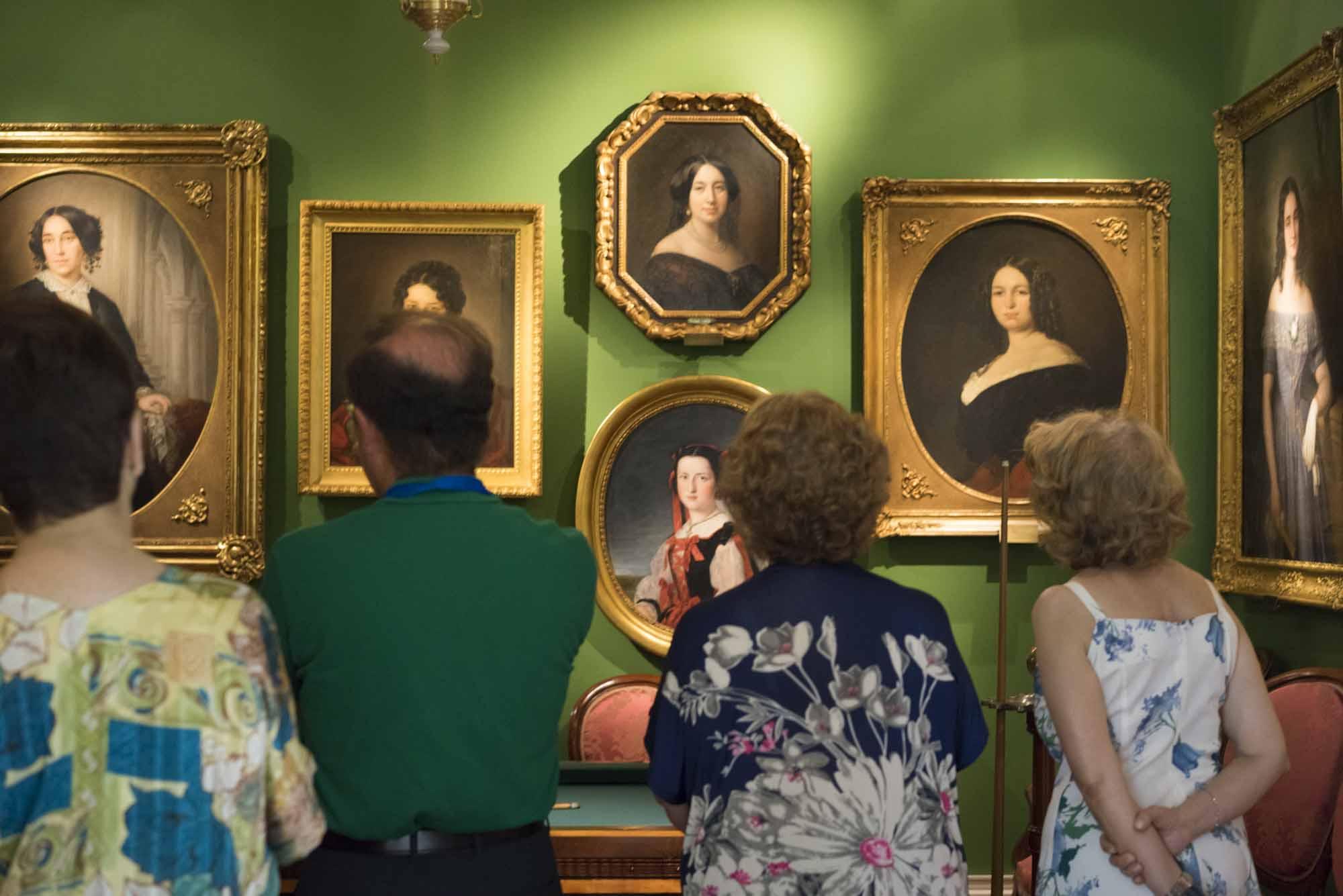 Público en el Museo del Romanticismo